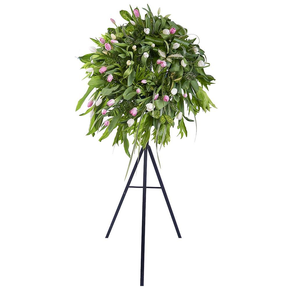 Corona pequeña con Tulipanes Rosados, Blancos y Follaje Recuerdos Rosatel
