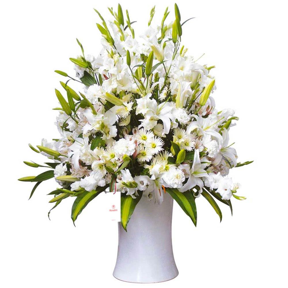 Florero Kero blanco con Liliums y Flores Recuerdos Rosatel