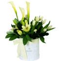 Sombrerera Marmoleada con 10 Tulipanes y Flores Rosatel